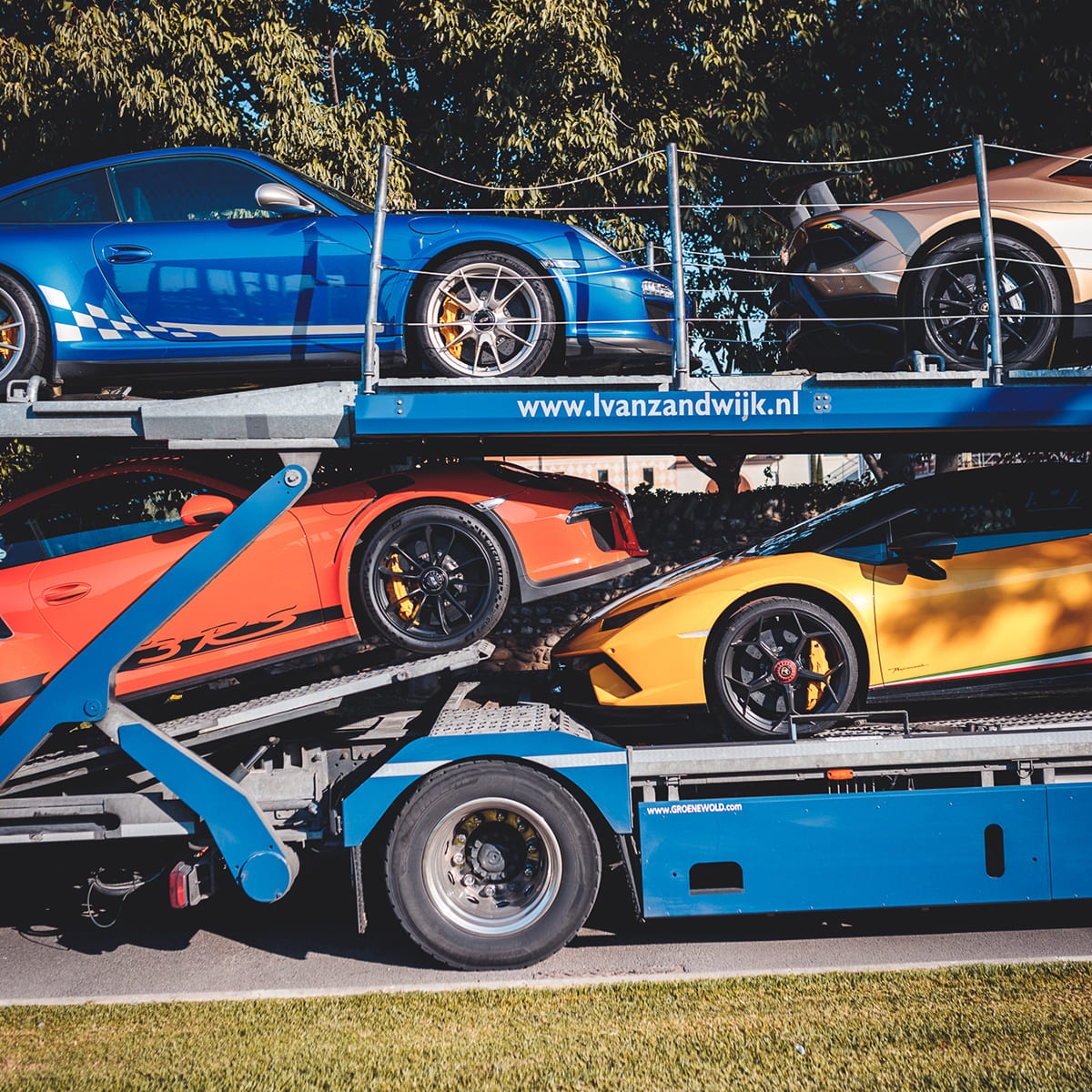 Transport Supercars